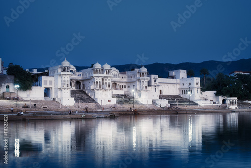 Fotografija View of lake in Pushkar