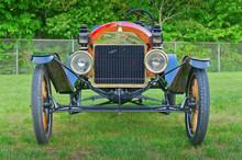 Vintage Ford Model T Speedster (1912) / Essex, CT USA - May, 24 2011: Vintage 1912 Ford Speedster At Car Show On Village Green.