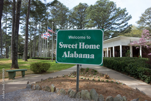 sweet home alabama welcome sign at rest area stop off highway Canvas Print