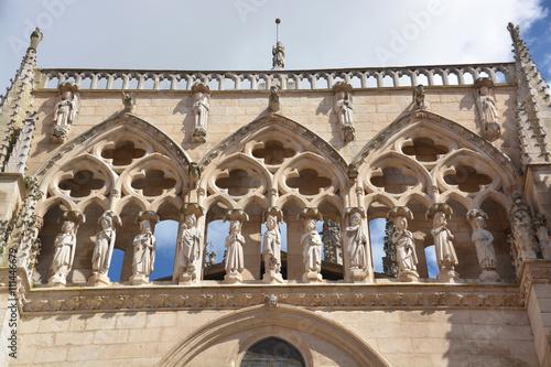 estatuas de la fachada de la Catedral de Burgos