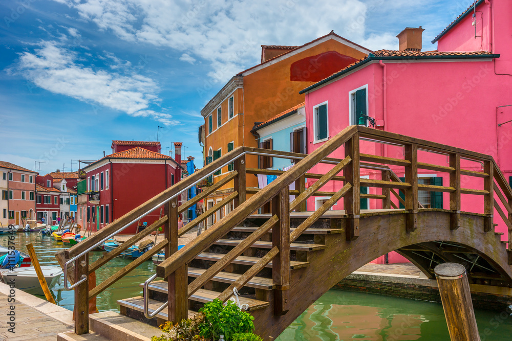 Fototapety, obrazy: Colorful village of Burano in Venice
