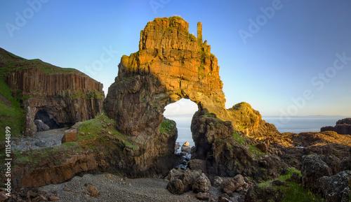 Cuadros en Lienzo Carsaig Arches - rocks formation in sunset light, Isle of Mull, Scotland