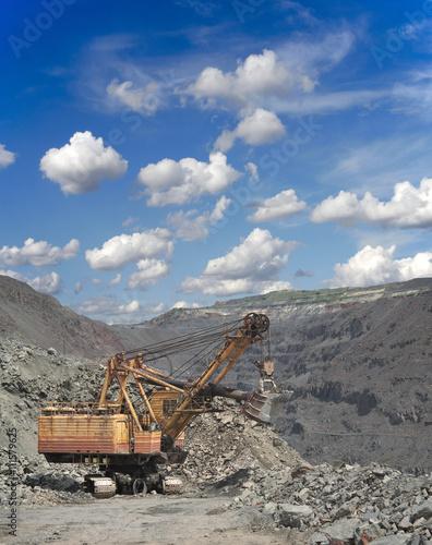 Fotobehang Lavendel Iron ore opencast
