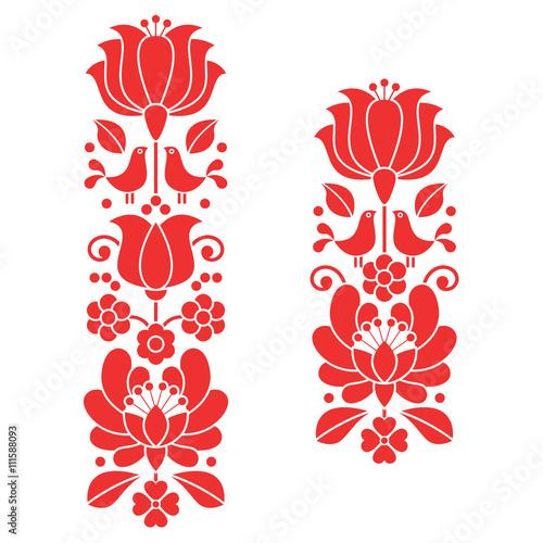 Fotografia  Kalocsai red embroidery - Hungarian floral folk art long patterns