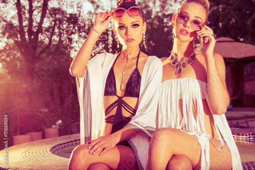 Fotografie, Obraz  girls in swimsuit
