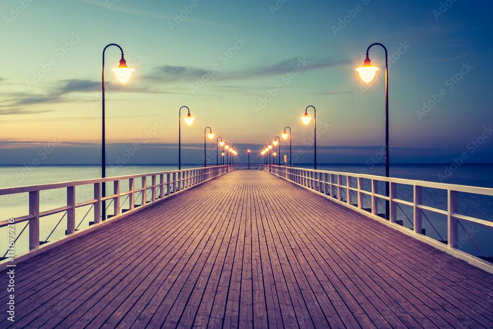 Fototapety, obrazy: Piękny kolorowy wschód słońca nad Bałtykiem
