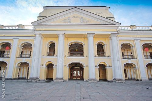Foto op Aluminium Kuala Lumpur St. Petersburg, Russia - on March, 13, 2016: Gostinyi dvor in St. Petersburg, Russia. Gostinyi dvor is the oldest .department store in St. Petersburg
