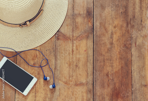 Fotografia, Obraz  top view of summer accessories on wooden deck