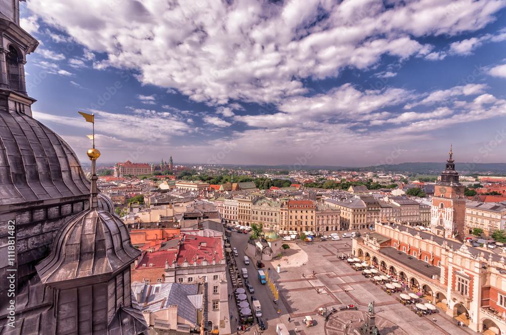 Fototapety, obrazy: Kraków, Stare miasto pod błękitnym niebem widziane z góry