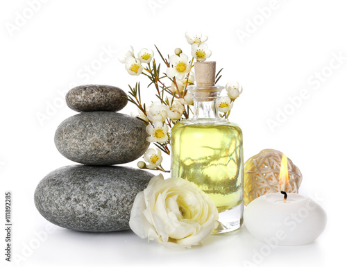 Cadres-photo bureau Spa Spa still life with pebbles, oil and candle isolated on white