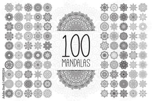 Photo  Vector indian Mandala