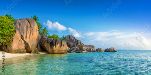 Poster Tropical plage tropical anse source d'argent beach on la digue island seychelles