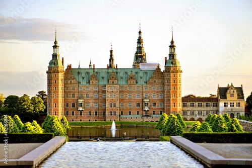 Tuinposter Kasteel Frederiksborg Castle, Hillerod, Denmark