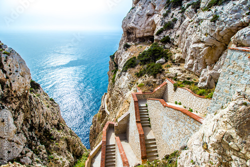 Photo The stairway leading to the Neptune's Grotto,near Alghero, in Sa
