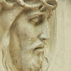 Fototapeta Religia i Kultura Face of Jesus Christ crown of thorns (statue)