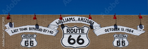 Photo  Route 66 sign in Williams, Arizona