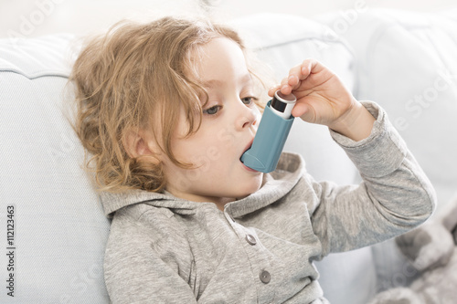 Photo Small but conscious how to treat asthma