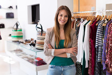 Sales Assistant In Clothing St...