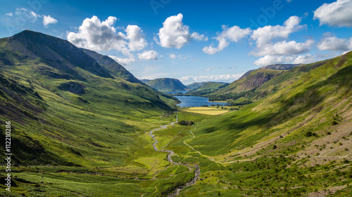 Foto auf Gartenposter Hugel View from Green Crag overlooking Warnscale Bottom, The Lake District, Cumbria, England