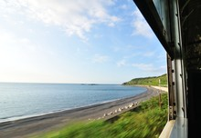 夏の車窓 海岸線