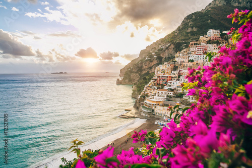 Foto auf Gartenposter Stadt am Wasser View of the town of Positano with flowers, Amalfi Coast, Italy