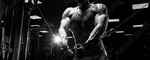 Fototapeta very power athletic guy bodybuilder obraz