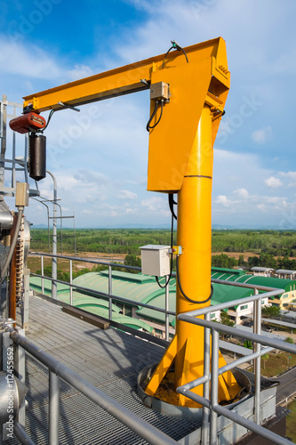 Photo Jib crane on the top floor of boiler in power plant