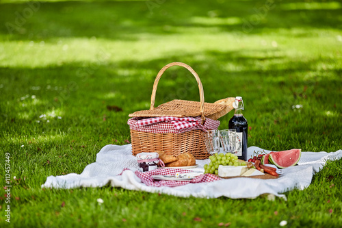 Photo Stands Picnic Healthy outdoor summer or spring picnic