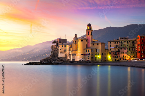 Fotografia  Beautiful Old Mediterranean Town at the sinrise time
