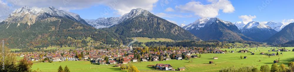 Fototapety, obrazy: imposantes Gebirgspanorama mit Blick auf Oberstdorf