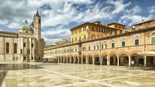 Piazza Del Popolo In Ascoli Pi...