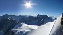 Sortie De L'aiguille Du Midi Pour Le Mont Blanc
