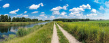 Fototapeta Fototapety na ścianę - Schöner Wanderweg an einem Fluss, Urlaub , Erholung, Panorama