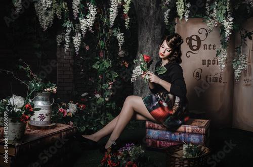 Fototapeta Magiczny portret romantyczna piękna dziewczyna. Kreatywna koncepcja fantasy stylizacja.