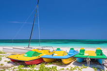 Colorful Pedal Boats, Cayo Lev...