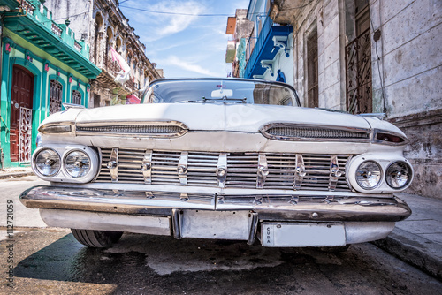 Fényképezés  Vintage classic american car in Havana, Cuba