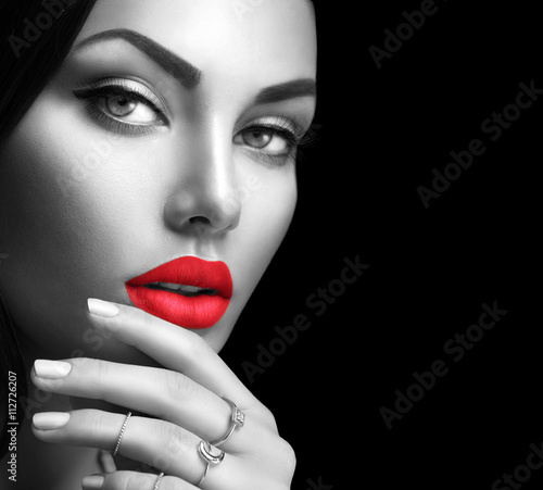 Beauty fashion woman portrait with perfect makeup and nails