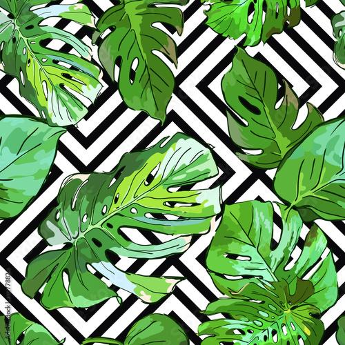 zielony-drzewko-palmowe-opuszcza-na-czarny-i-bialy-geometrycznym-tle-wektorowy-lato-bezszwowy-wzor-recznie-rysowane-tropikalny-lisci