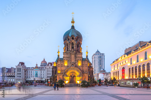 Cadres-photo bureau Edifice religieux sophia cathedral in harbin in fine day at twilight
