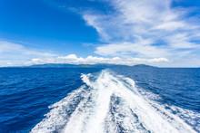 Sillage De Ferry Aux Seychelles