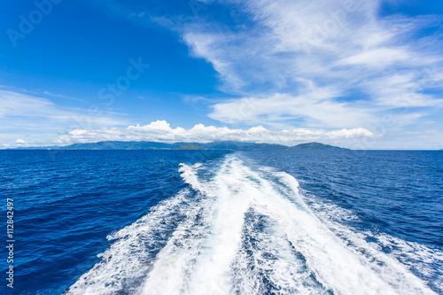 Fotografía  sillage de ferry aux Seychelles