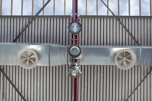 Valokuva  Ventilation and lighting