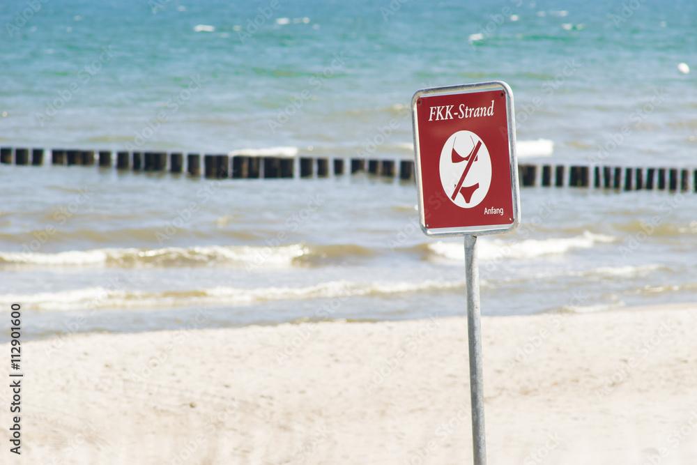 FKK Strand an der Ostseeküste Foto, Poster, Wandbilder bei EuroPosters