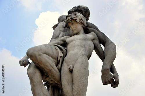 Photo  Spartacus-Statue vor Tuileries Garten in Paris