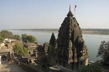 View Of The Shiva Temple With The Narmada River In Background, Maheshwar, Madhya Pradesh