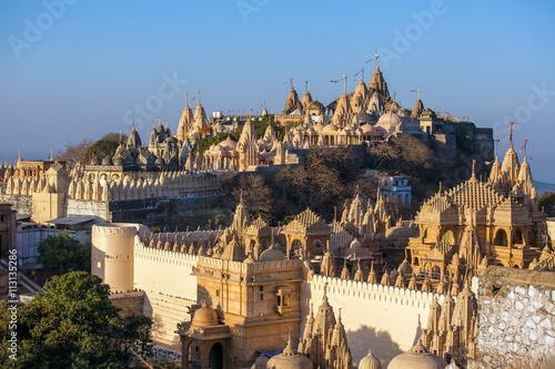 Photo Jain temples on top of Shatrunjaya hill