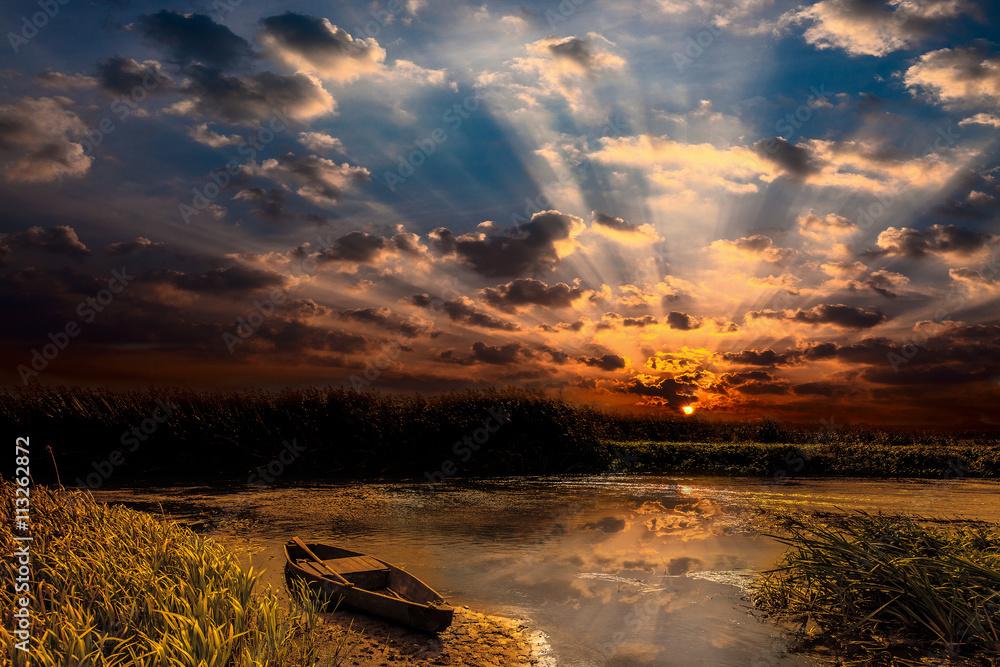 Podlasie-zachód słońca nad rzeką Narew