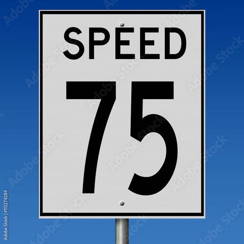 Fotografía  Sign for speed limit of 75