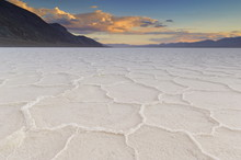 Salt Pan Polygons At Badwater ...