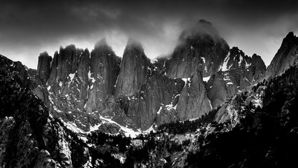 Obraz na PlexiFoggy, Black and White View of Mt. Whitney from Whitney Portal Road, California